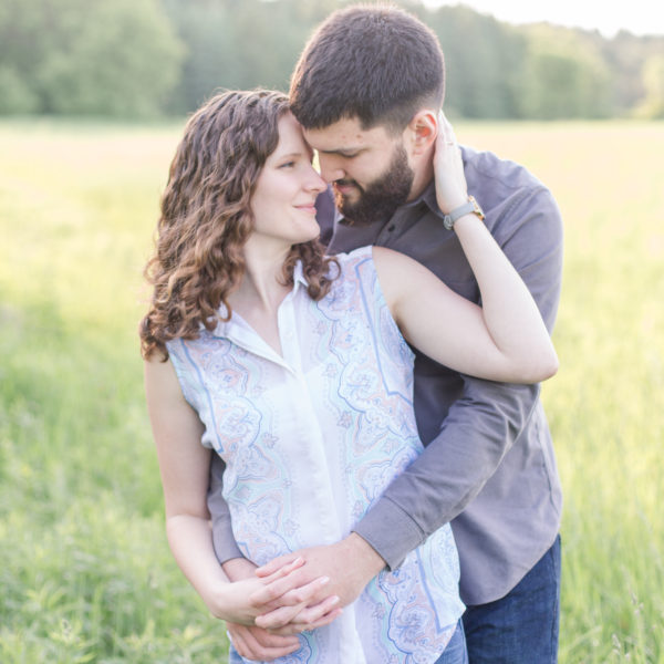 Nicole & Jesse's Backyard Engagement